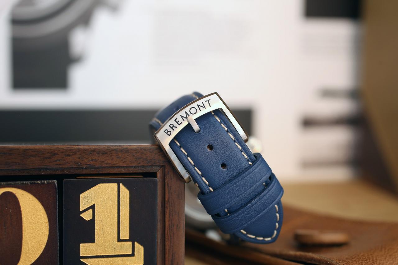 Bremont ALT1-P Chronograph strap buckle