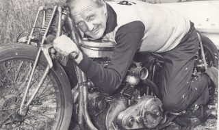 Tribute to Burt Munro, the motorcycle racing legend