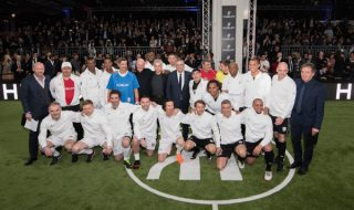 Match de foot à Baselworld